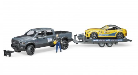 RAM 2500 Power Wagon + BRUDER Roadster Racing Team