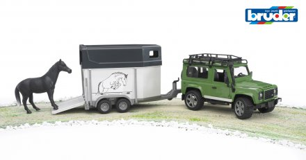 Land Rover Defender Station Wagon with horse trailer + 1 horse
