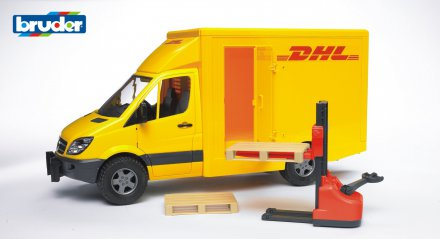 MB Sprinter DHL with hand pallet truck and 2 pallets