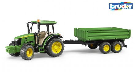 John Deere 5115 M with tipping trailer