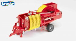 Grimme SE 75-30 potato digger with imitation potatoes