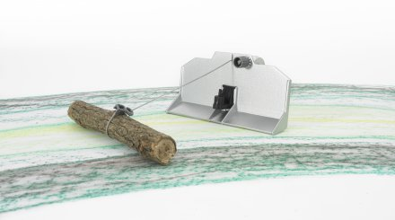 Accessories: Forestry blade and winch